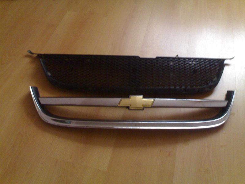Решетка радиатора на лачетти